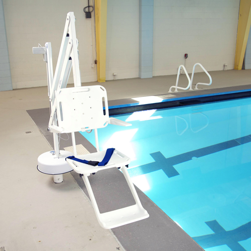 Splash pool side hoist in situ