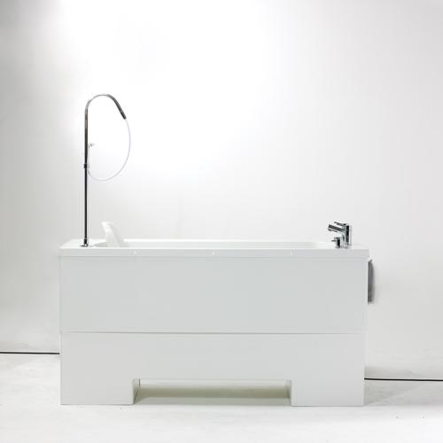 Lincoln Height Adjustable Platform Bath side