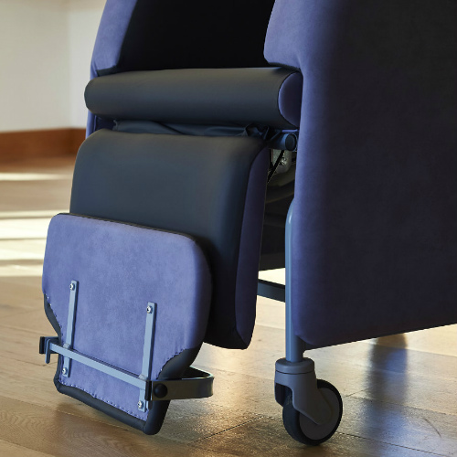 Florien II flip-up footrest raised